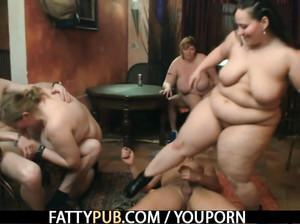Групповой секс с очень жирными девками