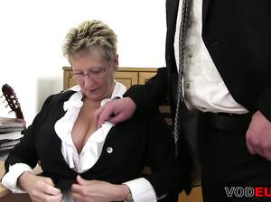 порно немки начальницы фото