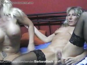 Две зрелые лесбиянки с пирсингом на гениталиях ебутся с мужиком