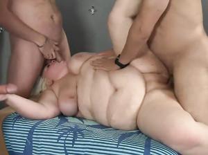 Жирную жену отъебали порно онлайн