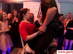 Порушка русскаясекс порно вечеринка