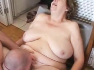 Групповой секс с пожилыми бабушкамисмотреть