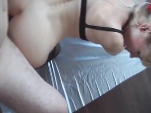 Любительское порно с минетом от 1 лица