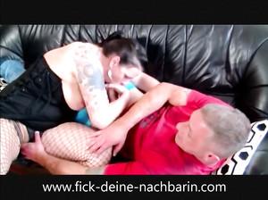 Толстая немецкая фрау прыгает на пенисе