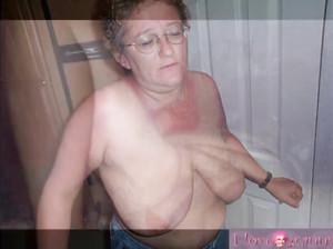 Нарезка сексуальных сцен с развратными бабушками