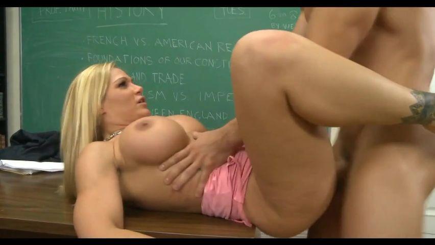 Порно видео профессор со студенткой