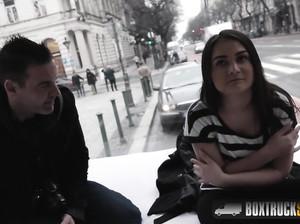Паренек заплатил девке деньги на хороший секс
