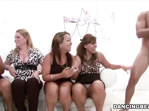 признателен помощь самое групповое порно этим столкнулся