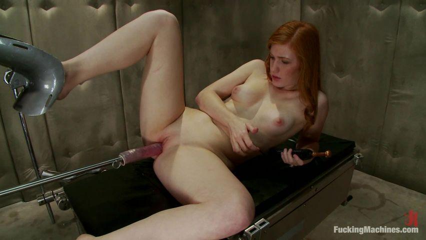 Смотреть порно русская рыжая телка обкончалась