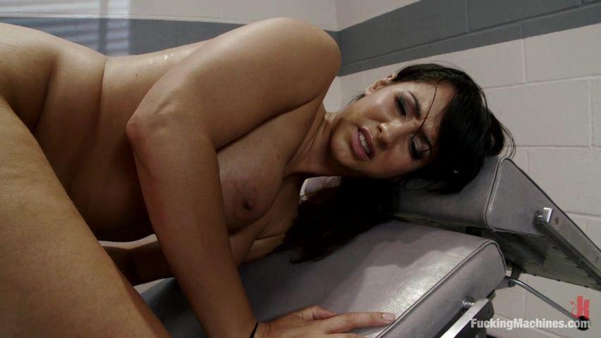 Онлайн извращения секс с машиной