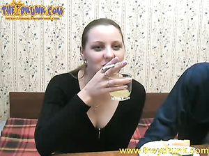 Пьяное порно с волосатыми дырками частное россия 143