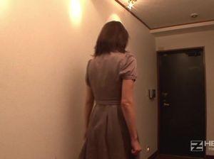 Похотливая японка трахнулась с двумя неграми и получила сперму в пизду