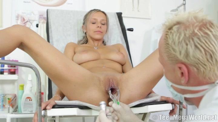 Порнушка прийом у гинеколога баб трансвеститов