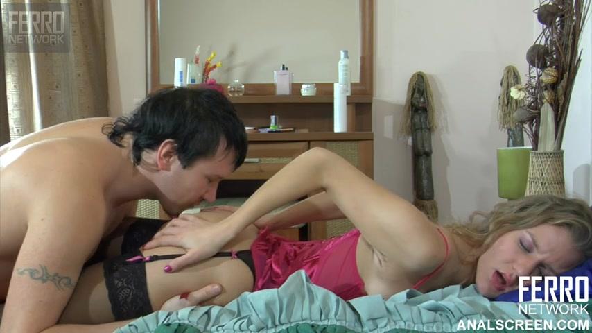 Порно с русскими брат десять лет сестра