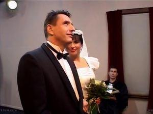 Невесту взяли в две дырки сразу у алтаря