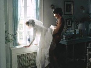 Невеста трахается с другом пока жених вышел