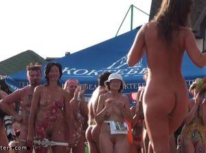 Конкурс красоты на нудистском пляже
