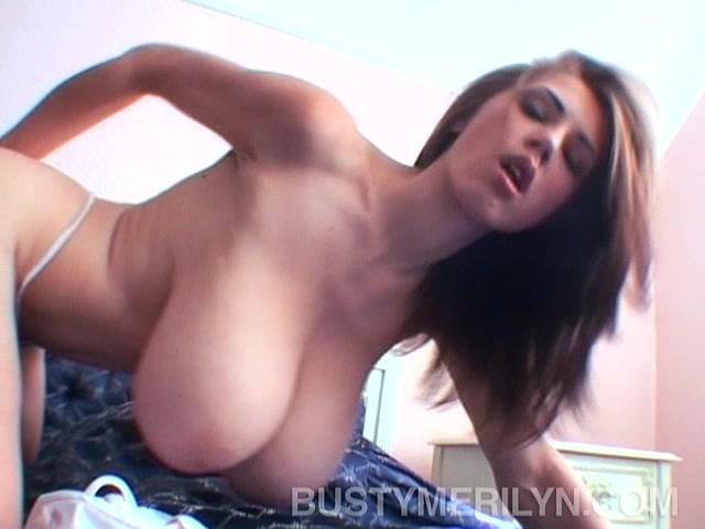 porno-ukrainku-trahnuli-korporativ-v-saune-video