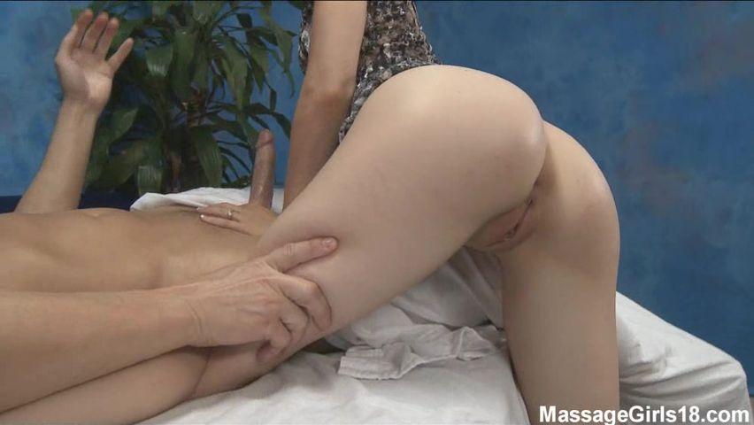 foto-turisti-seks-massazh-domashnee-zreloe