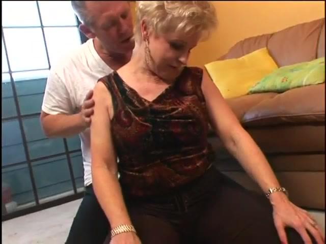 porno-staraya-molodaya-lesbiyanki