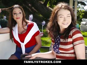 Молодая и зрелая американка почпокались с молодчиком у бассейна