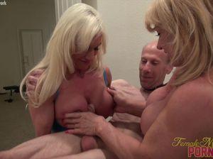 Сисястые девки культуристки развлекаются с мужиком и дрочат ему член