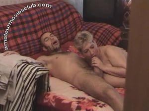 Русская парочка снимает секс и подсматривает за трахом друга и толстухи