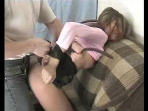 Свирепый русский отец грубо трахнул дочь с сексуальным телом