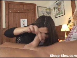 Сестра со спящим братом предалась инцесту и не пожалела