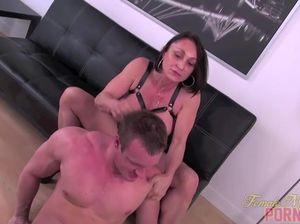 Секс раб у женшине