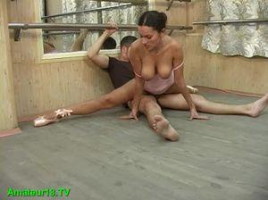 Балерина сделала глубокий минет и отдалась в разных позах