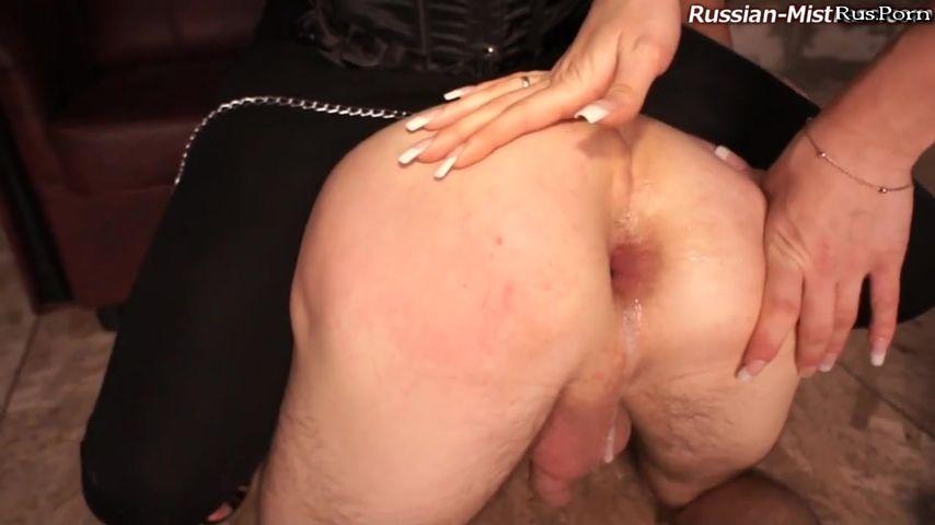 Порно русский анал на кухне