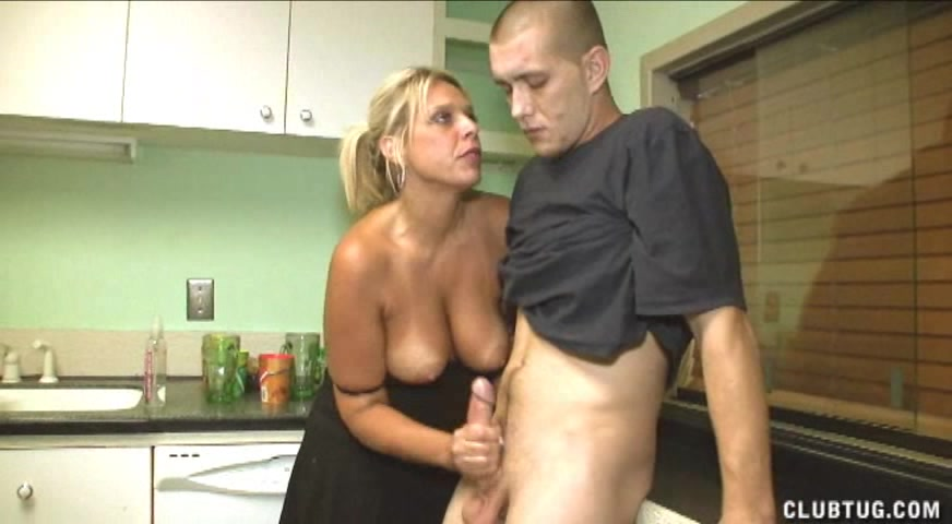 Секс хорошая жена сына