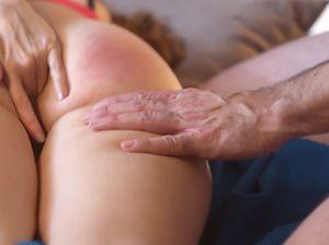 Рыженькая лисичка стонет от секса с благоверным