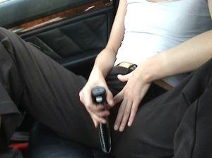 Лучшие друзья распутных девушек: автомобили и вибраторы