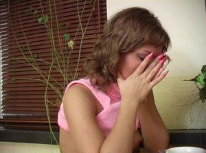Яна перепила и показала пизду пацанчику