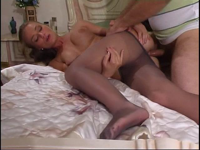 Порно беременная соблазнилат парне