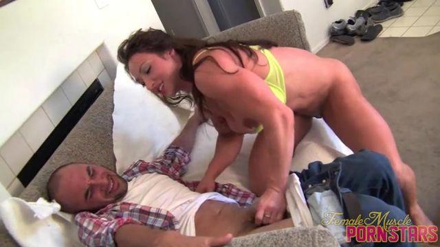 Женщина качек порно онлайн