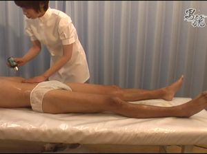 Эротический массаж когда клиенту дрочат член