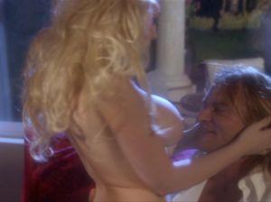 Романтический секс с фигуристой белокурой красавицей