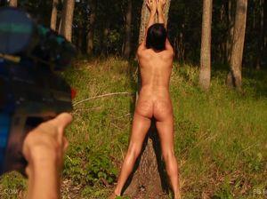 Прогулка по лесу закончилась жестким садо-мазо