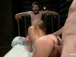 Любовник жены трахает мужа в задницу после его жестких пыток