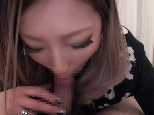 Подборка спермы на языке после минета от сексапильных азиаток
