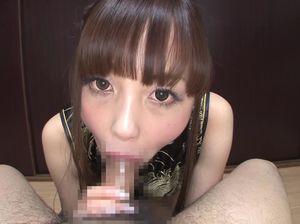 Самец дал в рот миниатюрной японочке