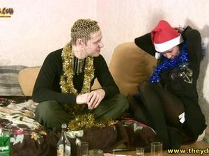 Кондрат и Мадлена занялись пьяным сексом в новогоднюю ночь