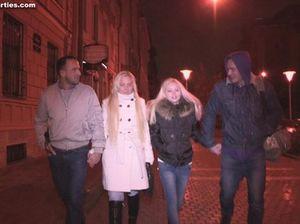 Парни с большими членами устроили русскую секс вечеринку