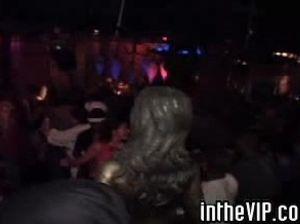 Горячие пьяненькие лесби трутся письками на вечеринке в клубе