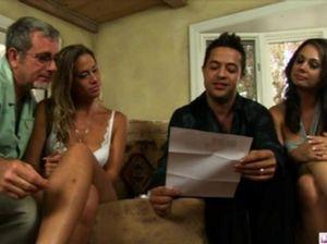 Удачная секс вечеринка свингеров с обменом любвеобильными женами