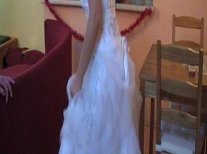 Миловидная реальная невеста трахается на свадьбе с лучшим другом