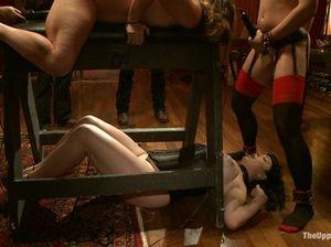 Жесткий БДСМ от опытного Господина для покорных рабынь
